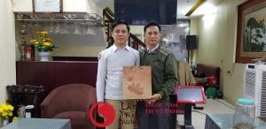 Dấu hiệu vô sinh ở nam, ảnh chụp cùng anh Trường, một bệnh nhân của Lâm Trí Đường