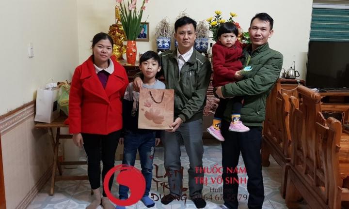Vô kinh sau sinh, ảnh chụp cùng gia đình bệnh nhân điều trị vô sinh hiệu quả