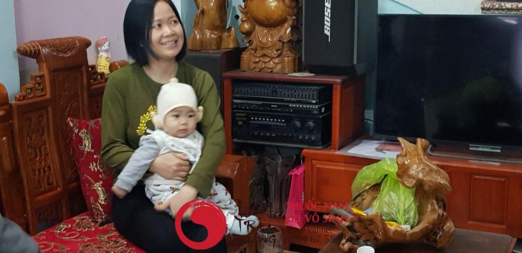 Trị vô sinh hiếm muộn, ảnh chụp cùng mẹ con chị Hiếu sinh con theo nguyện vọng
