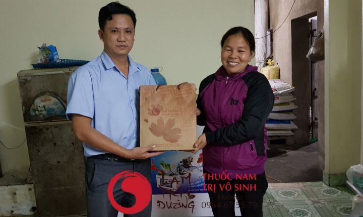 Điều trị vô sinh hiếm muộn, ảnh chụp chung bạn nhân điều trị thành công tại Lâm Trí Đường